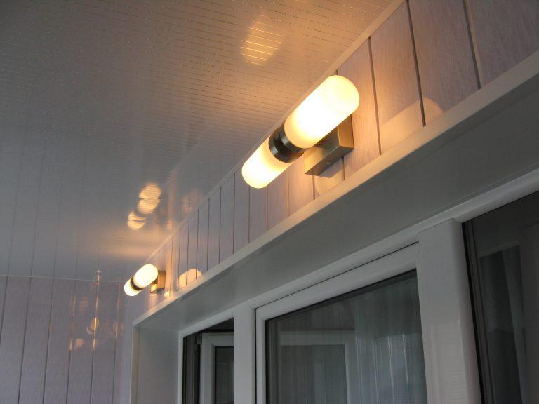 освещение на балконе6